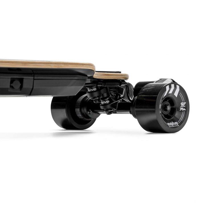 Evolve GTR Bamboo Street side closeup