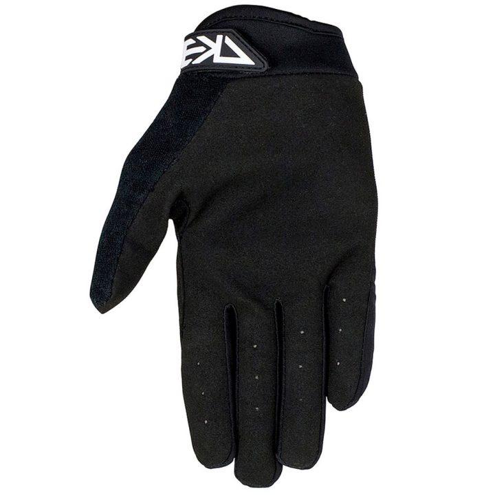 rekd status gloves4